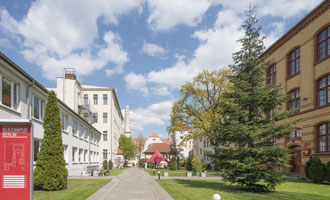 language school with apartments in Berlin
